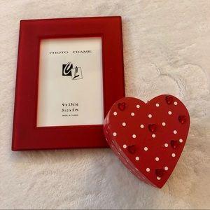 🆕 Red Frame & Heart Box Bundle
